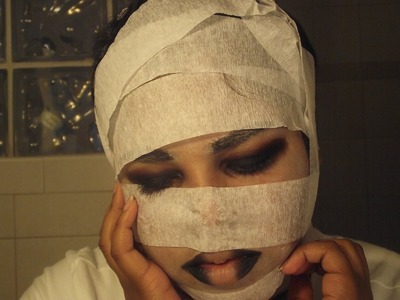 DIY Mummy Costume and Makeup Tutorial
