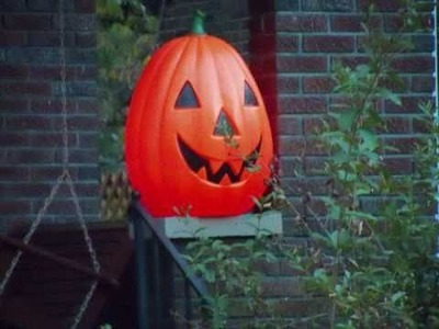 Hillcrest Ave:  What to do this Halloween?