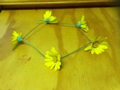 How to Make a Daisy Chain Headband OR Necklace from Flowers