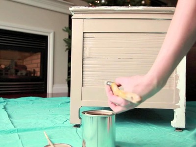 Furniture Painting Tutorial - Step 1: prep & base coat