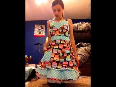 60s cupcake baker costume tutorial