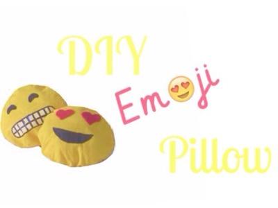 DIY Emoji Pillow (No-sew)