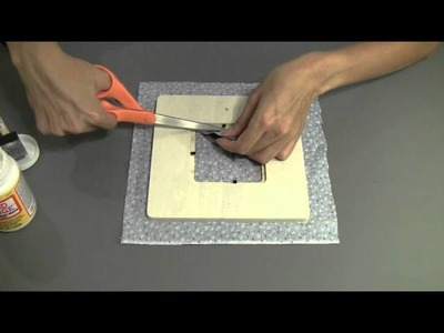 How to Make a Fabric Christmas Frame