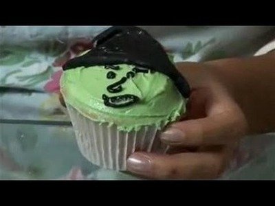 How To Decorate Cupcakes With Witch Icing