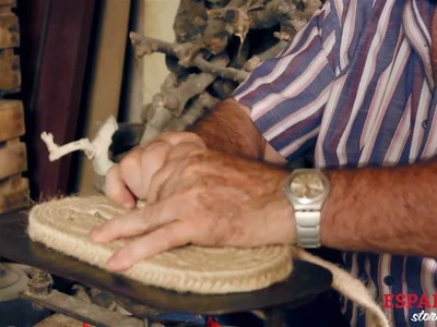 HOW IT'S MADE - Traditional espadrilles canvas soles handcrafted in la Rioja, Spain