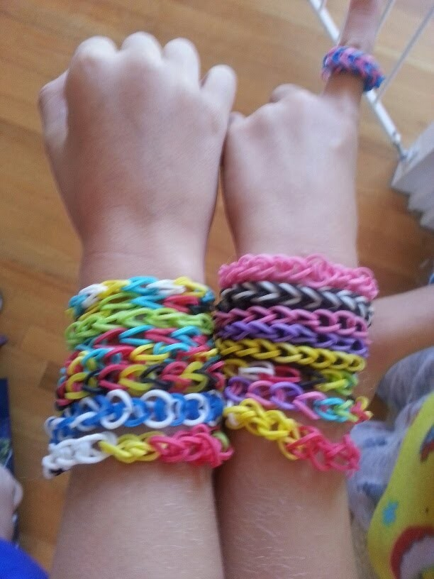 RAINBOW LOOM BRACELET BY HAND - How to Easy