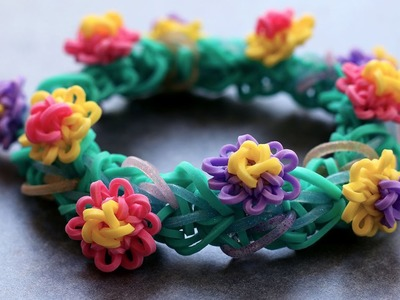 Rainbow Loom™ MonsterTail™ Waterlily Charm and Bracelet Tutorial
