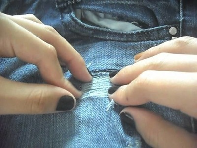 DIY: Create holes in your pants & Stressing
