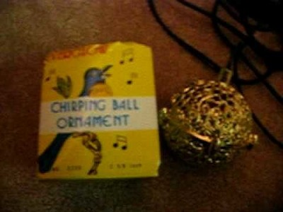 CHIRPING BALL ORNAMENT