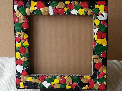 How To Make an Egg Mosaic Photo Frame - DIY Home Tutorial - Guidecentral