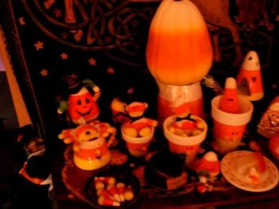 Halloween Decorations, Wolf.Salinger Den, 2012