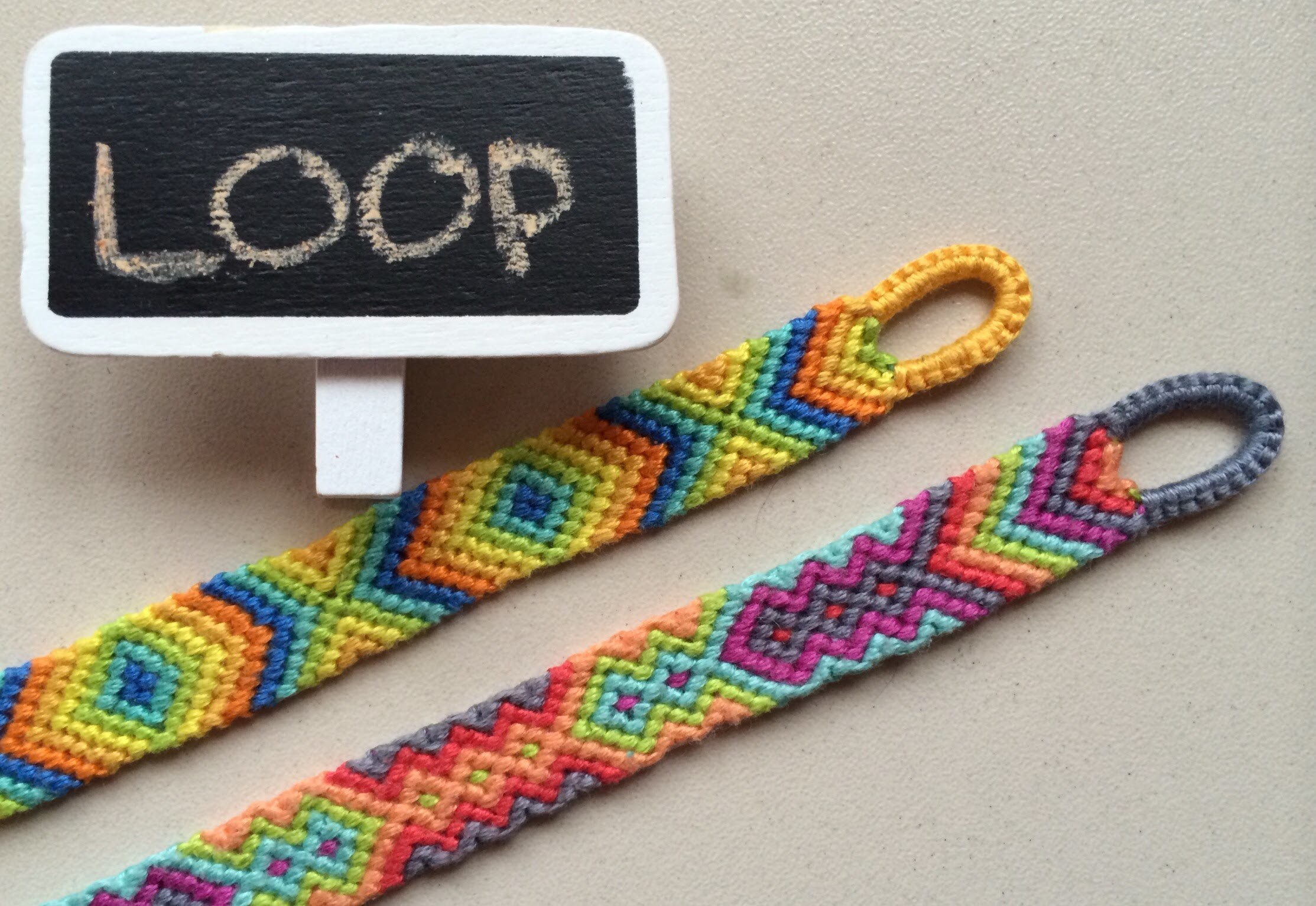 Easy beginning LOOP for friendship bracelets