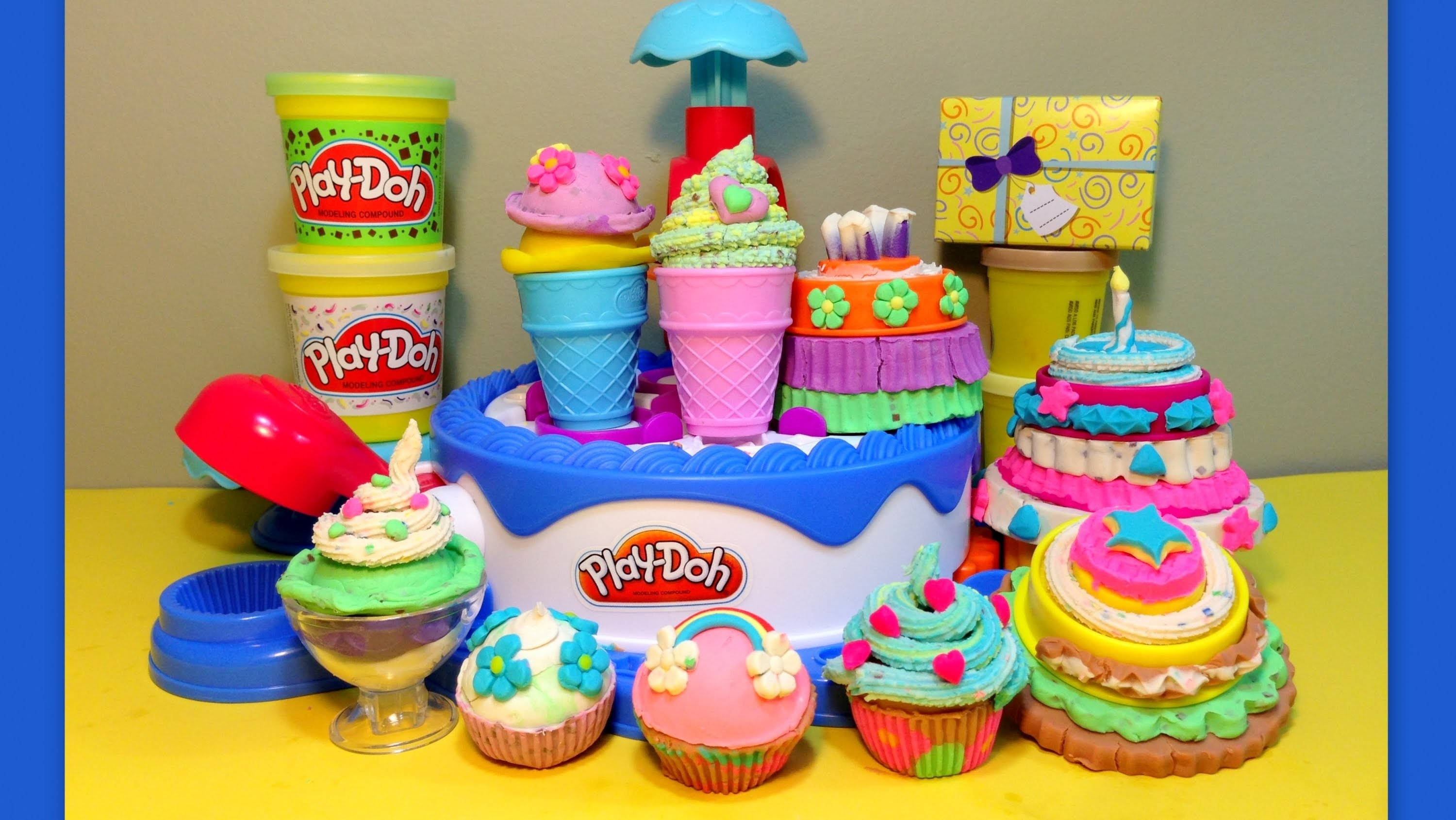 Play-Doh-HUGE ★ Cake & Ice Cream Confections Playset ★40+Accessories-Hasbro-Sweets Shoppe