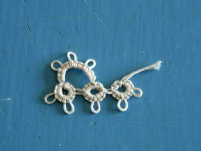 Tatting - Split Ring (SR.) Out the Side and Mock Picots (p) in Needle Tatting by RustiKate