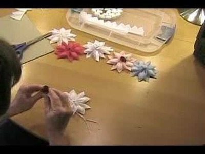 How to make Cometa Flower Wedding Favors