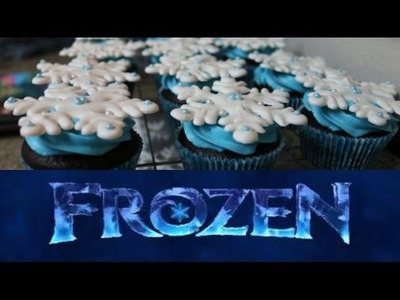 How To Make Frozen Snowflake Cupcakes