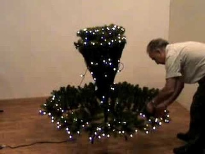 How to shape an artifical Christmas tree