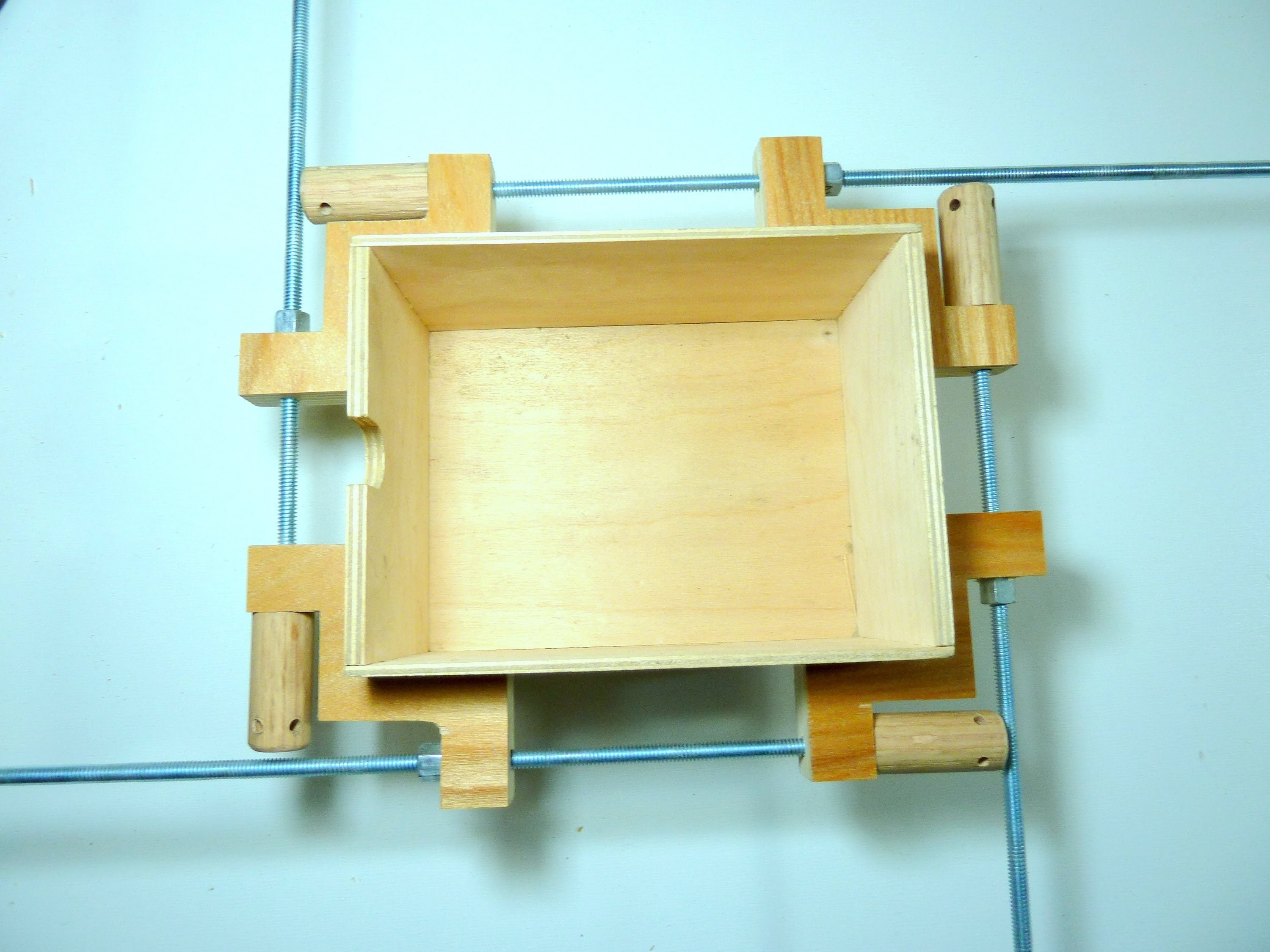 Making a frame and box clamp