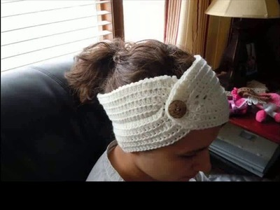 Crochet headband pattern with button closure