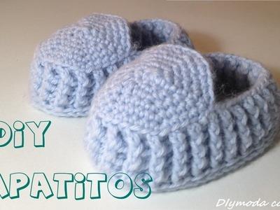 Zapatitos o Patucos de bebé en crochet.