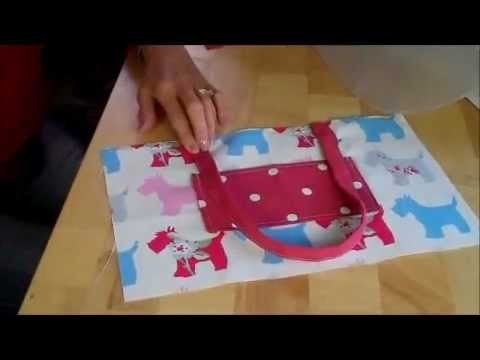 A simple Handbag for you to sew by Debbie Shore