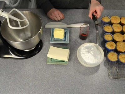 How to Make Cream Cheese Frosting. Icing by Cookies Cupcakes and Cardio