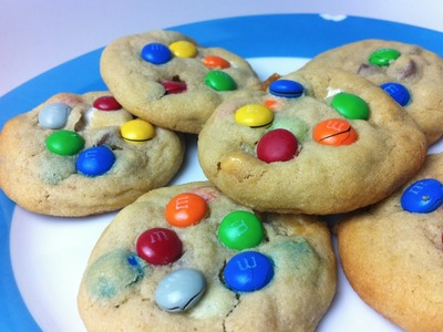 HOW TO MAKE M&M MARSHMALLOW COOKIES