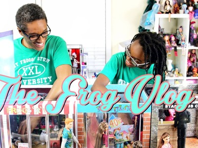 The Frog Vlog:  We Make a Doll Town