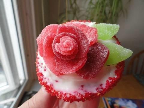 Decorating Cupcakes #11:  Roses