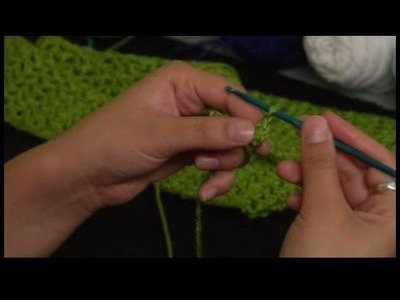 How to Crochet a Scarf : Starting Row 1 of Crochet Scarf