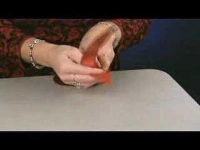 How to make a pom bow