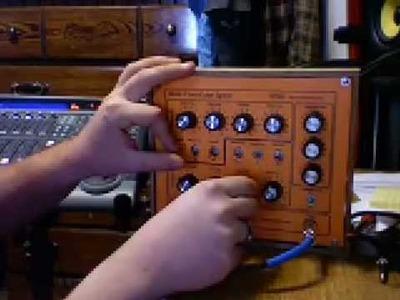 Home Made DIY Synth  MFOS WSG