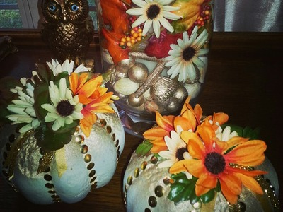 AUTUMN DECOR DIY} CUTE THUMB TACKED PUMPKINS 2014