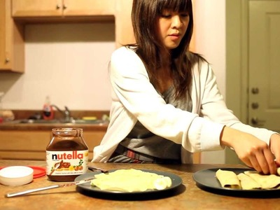 How to Make Crepes - Very Easy Crepe Recipe (with Nutella and Bananas!)
