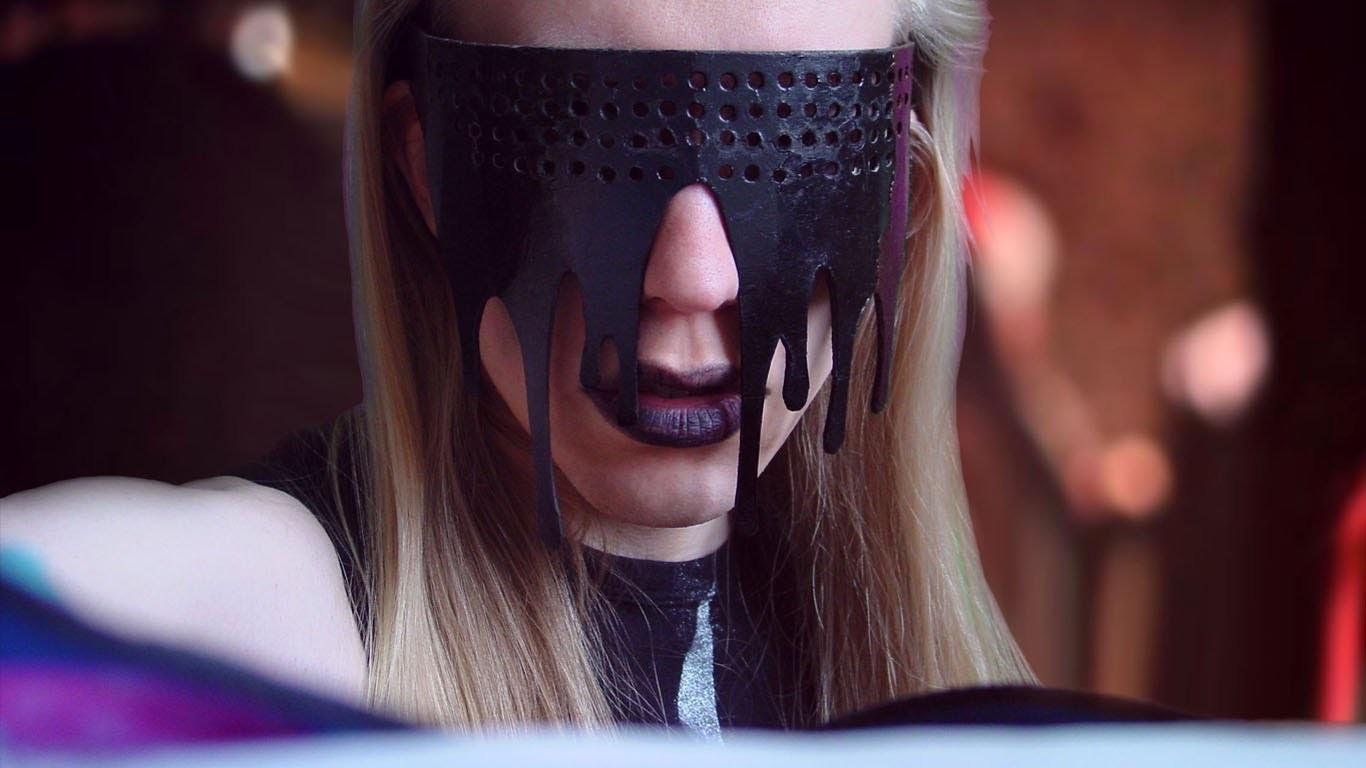 Lady Gaga Black Dripping Fame Glasses – Sire Sasa tutorial 72