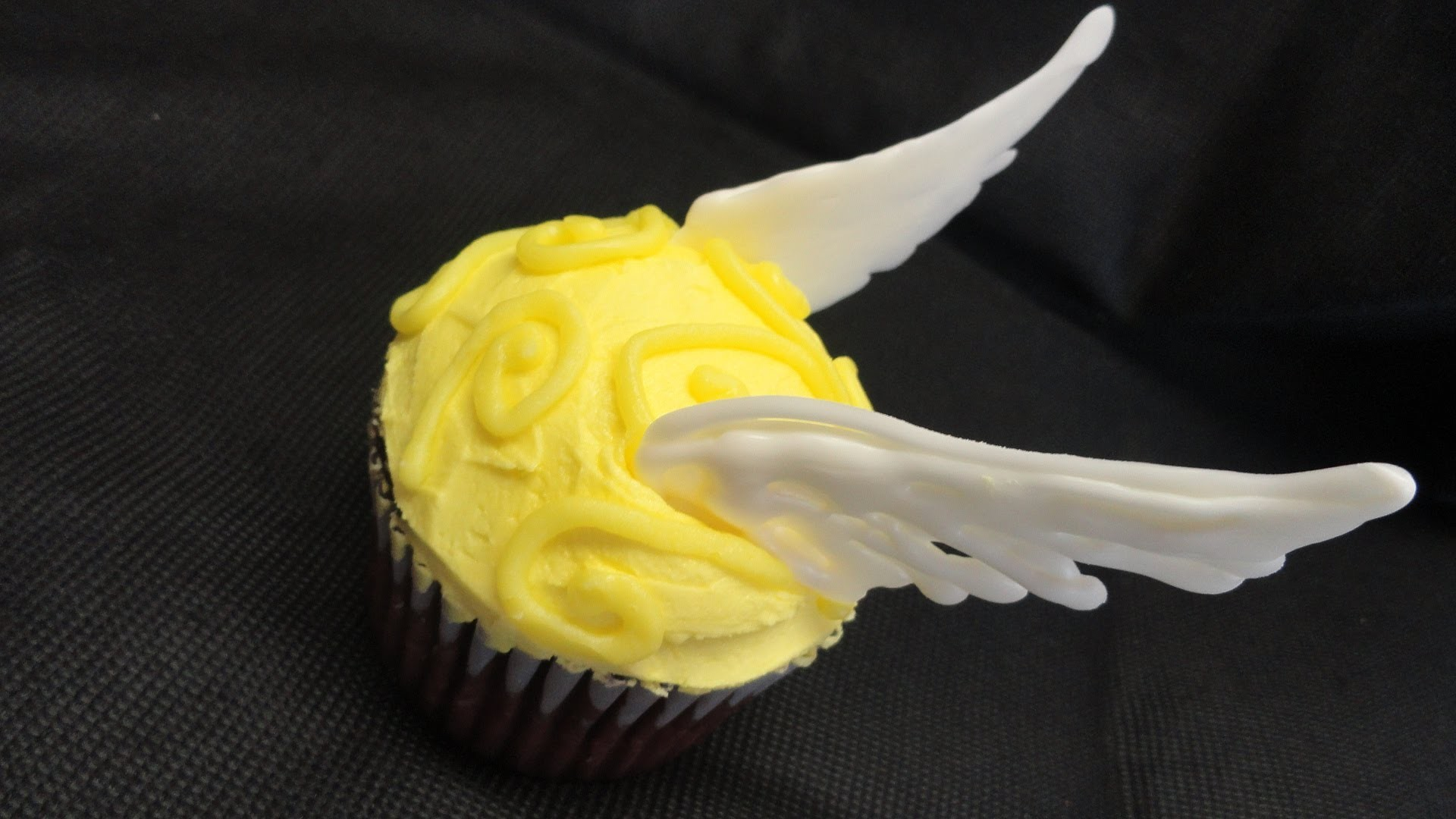 Decorating Cupcakes #95-#99: Five Harry Potter Cupcakes