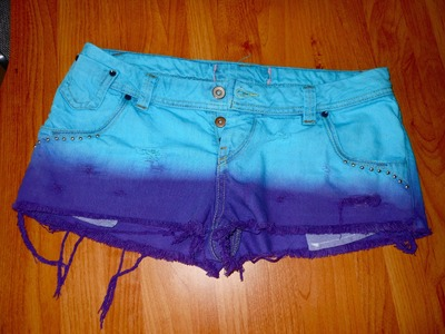 Diy: 2 Toned Dyed Shorts | Insatiable Donut