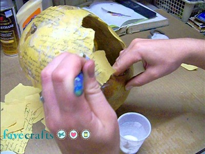 How to Make a Robin Decoupaged Bird Feeder