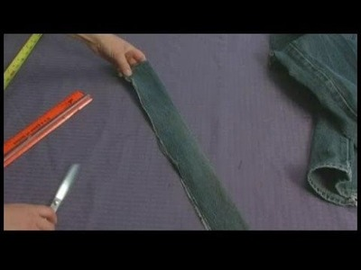 Making Area Rugs From Recycled Jeans : Shaggy Jeans Rug: Cutting Strips