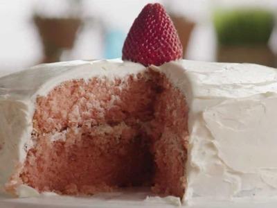 How to Make Strawberry Cake