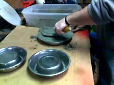 How to . .  modify a dog food bowl