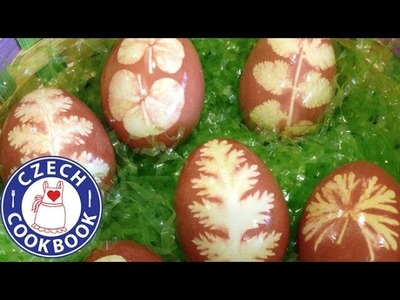 Naturally Dyed Easter Eggs Recipe - Barvená vajíčka cibulou - Czech Cookbook