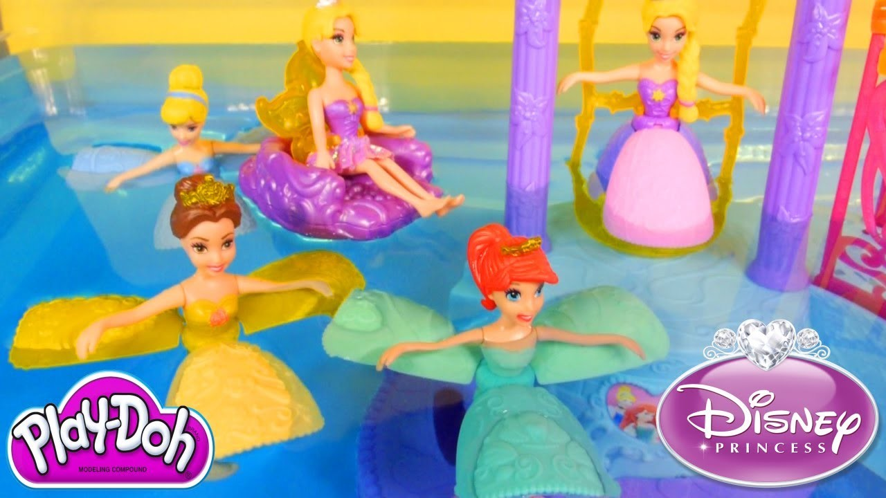 NEW Disney Princess Water Palace Playset Ariel Cinderella Belle Rapunzel Petal Float PLAY-DOH Fun!