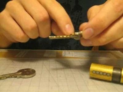 Simple DIY Lock PickGun from Cloth Hanger