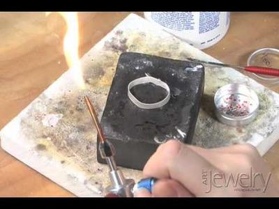 Art Jewelry - Making a bezel part 2