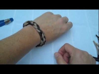A Simple 550 Paracord Bracelet