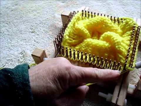Crochet bind off using a latch tool on a small gauge kiss loom