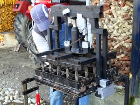 Homemade 25 briquette press