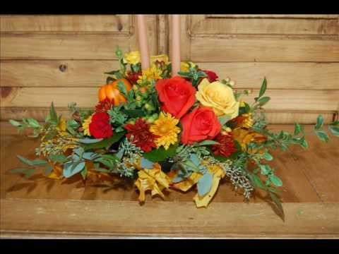 How to Make a Thanksgiving Centerpiece Using Fresh Flowers