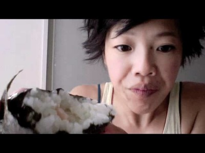 How to Unwrap an Onigiri & Maki Zushi - Whatcha Eating? #35